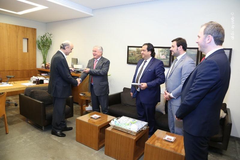 (Update) Geagea, Telecom Minister meet in Meerab